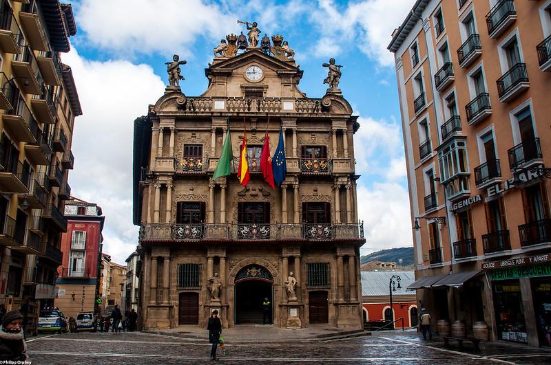 Camino de Santiago Pamplona l4l Ayuntamiento