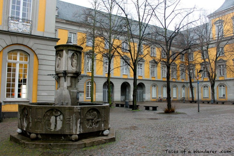 BONN - Franziskanerstraße - Kurfürstliches Schloss Bonn