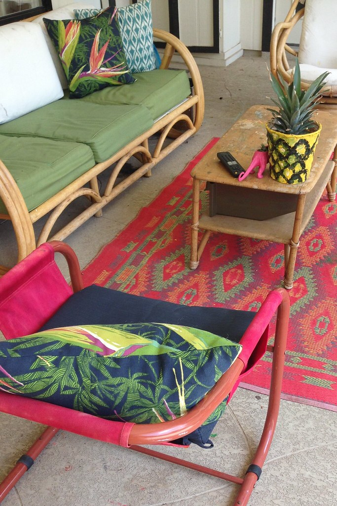 how to dye sun faded patio furniture