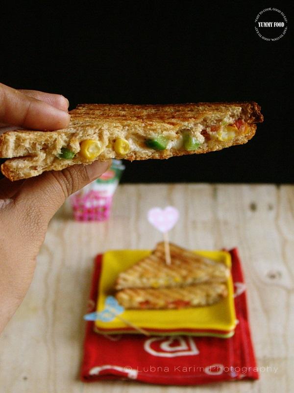 Cheesy Sweetcorn Grilled Sandwich
