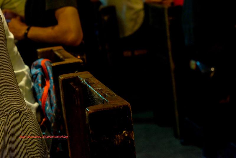 【臺中烤肉】黑提燈串燒酒場.東石鮮蚵超鮮美.噴汁肉串配蜜魯讚啦!隱藏菜單記得點.豆包起士吃過沒?大口吃肉 ...