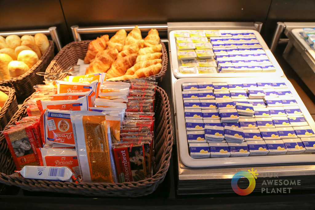 MOTEL ONE Breakfast-9.jpg