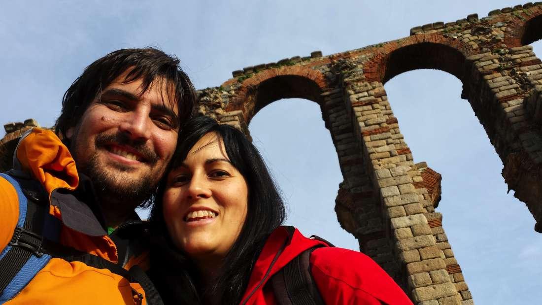 A los pies del Acueducto Romano de Mérida - Badajoz