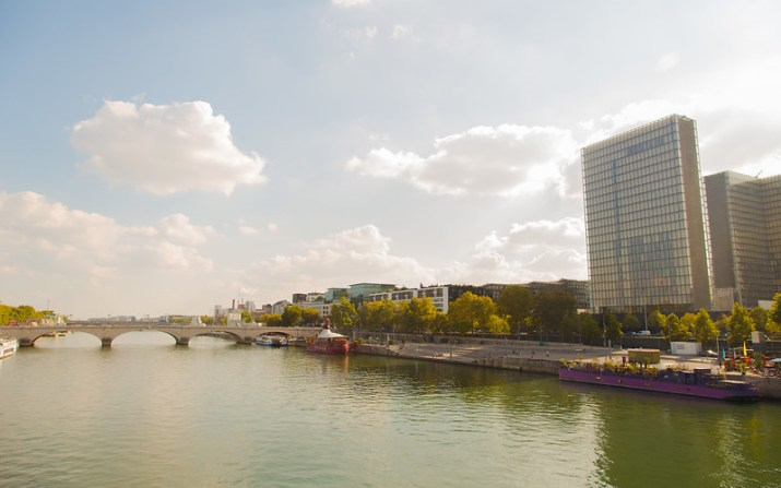 The Seine, a bridge and the National Library