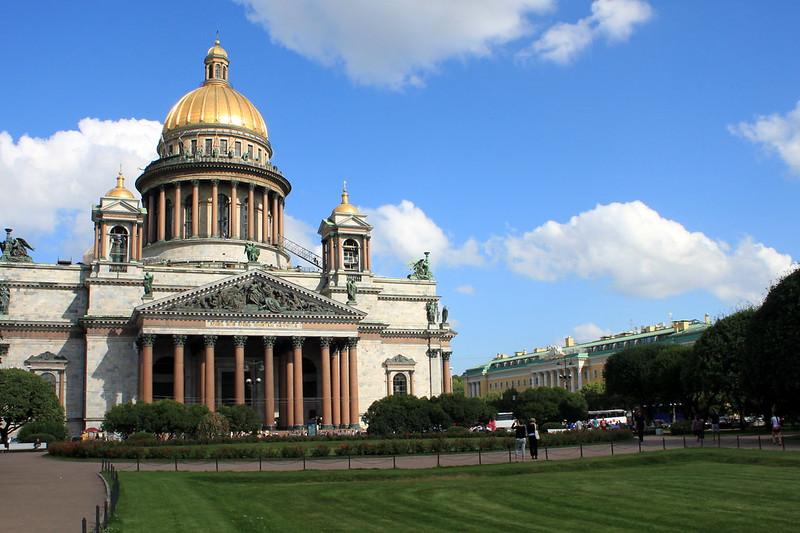 Saint-Pétersbourg / Санкт-Петербу́рг