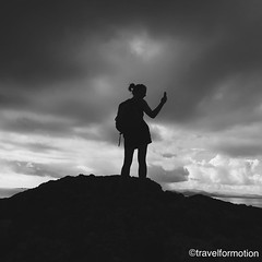 #iphone #generation #adventure #wanderlust #travel #travelgram #lanzarote #blackandwhite #blackandwhitephoto #blackandwhitephotography #españa #vsco #vscocam #mountains #clouds #silhouette