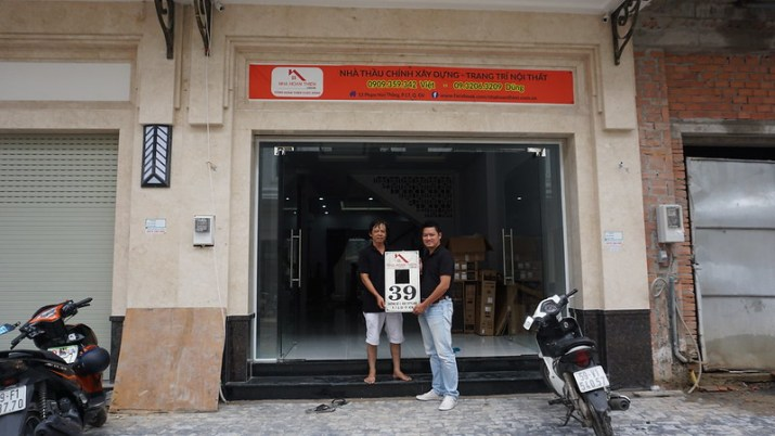 Tháng 10/2016 Cty Cổ Phần bàn giao nhà cho anh Lâm. Gần 1 năm trở lại thật hạnh phúc là bao.