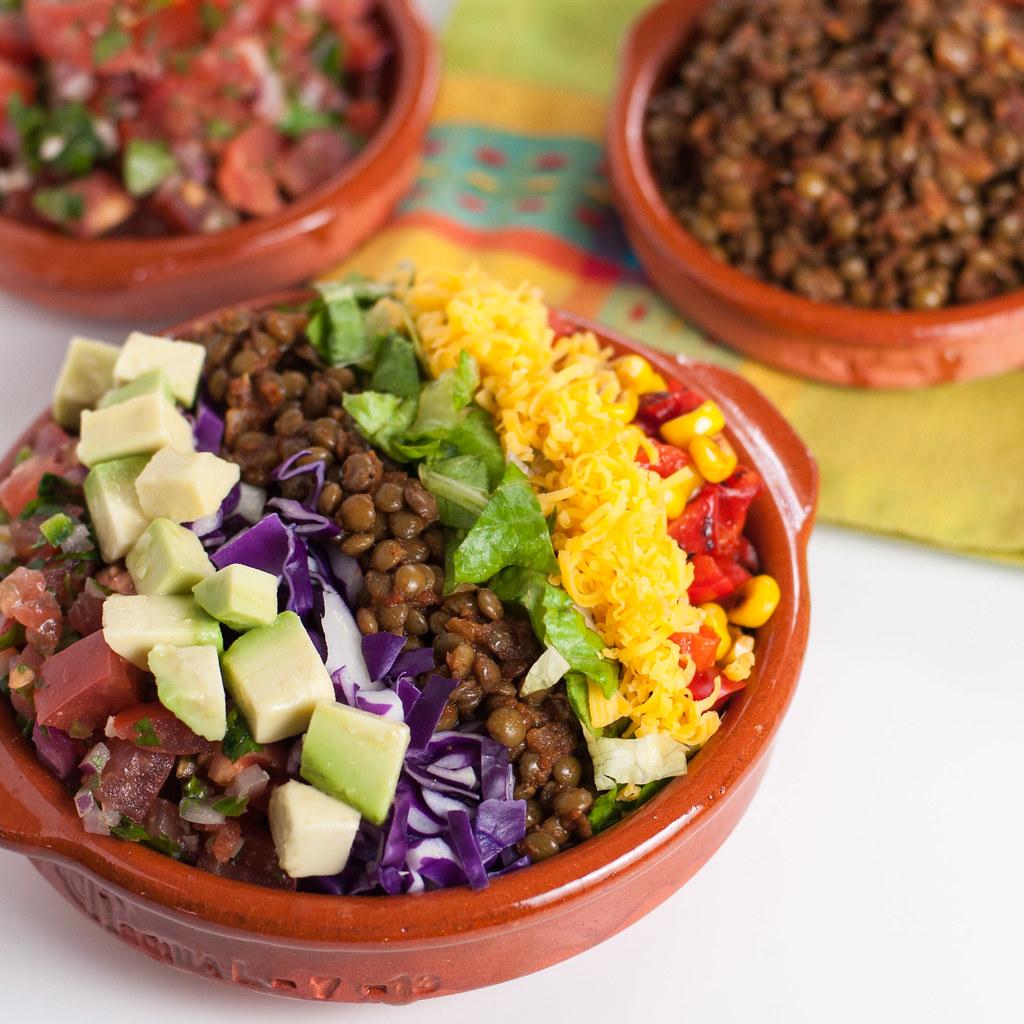 Spiced lentil taco salad | Natural Comfort Kitchen