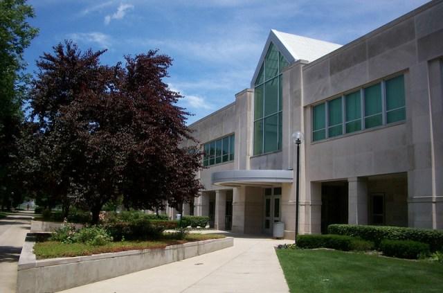 Indiana University South Bend Student Activity Center (IUSB SAC)