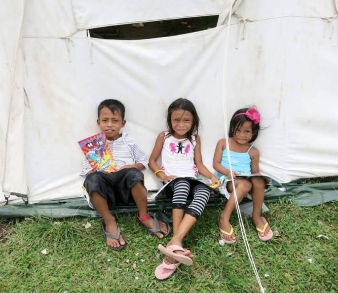 Palo Leyte Kids Reading