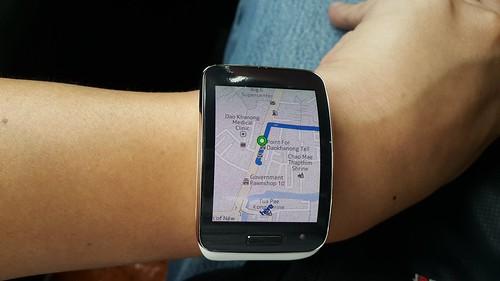 ดูแผ่นที่ขนาดจิ๋วๆ บน Galaxy Gear S