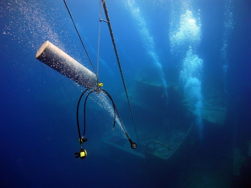 Descriptive essay scuba diving