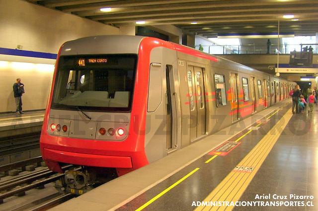 Metro de Santiago - Alstom AS2002 R4404 - Grecia (L4)