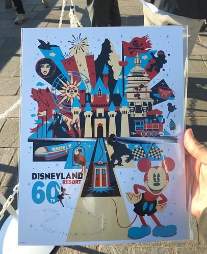 ディズニーパークスの魔法はボブ・チャペック、ボブ・ウェイス、スコット・トローブリッジが登壇。基本的には本家Expo講演をなぞる内容でした。参加者にはポスターがプレゼントされました。 #tw