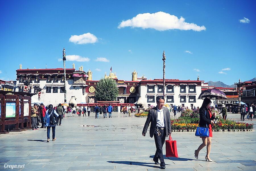 2015.12.09   Tibet 西藏踢北去   尋找藏人真正的拉薩中心,被信仰力量震撼的大昭寺與舊城區 08.jpg
