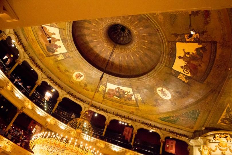 philadelphia-opera-academy-music-gold-ceiling