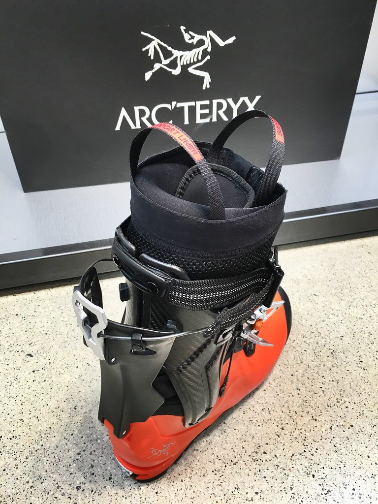 Arc'teryx Procline Carbon Lite ski boot