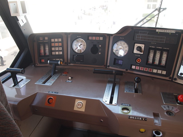 EF510-11 運転台