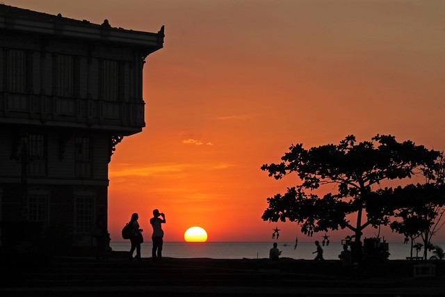 Sunset at Las Casas Filipinas de Acuzar