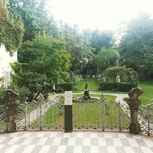 Se venite a Milano visitate la vigna di Leonardo . Casa degli #atellani dimora e #vigna #milanese di #leonardodavinci #leonardo #atellanihouse #milan #milano #Italy corso #magenta #amazing #lastsupper