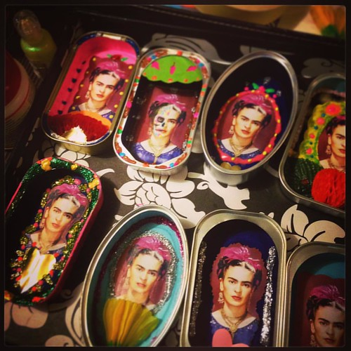"""I love to spent a hard working afternoon + evening when it comes from """"CANNED SAINTS"""" and especially if it's an order from my dear friends """"Großmanns"""" a fantastic shop based  in Germany . Me encanta pasarme la tarde y la noche currando duro si se trata de"""