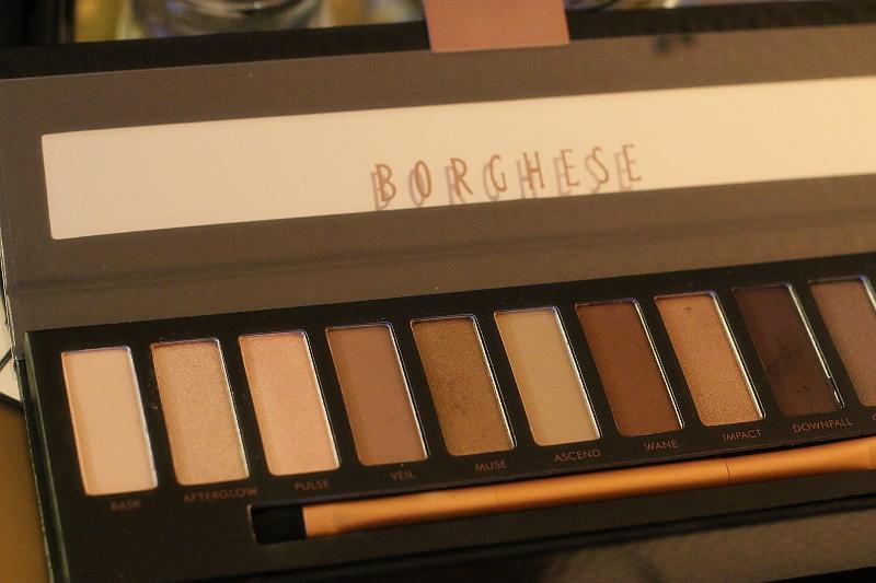 Borghese-eye-shadow-palette-3