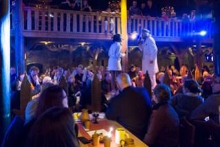 Theater live auf dem Tisch