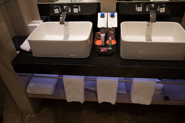Corner Suite - Royal Meridien Abu-Dhabi