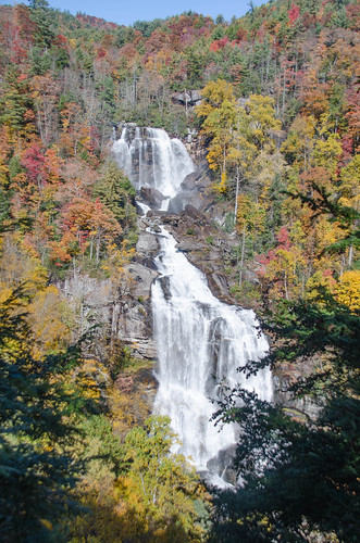 Whitewater Falls with Fall Leaves-002