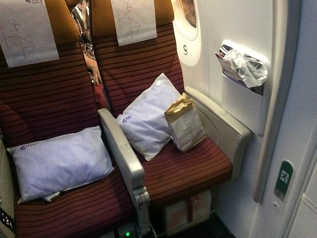 161021 タイ航空B787-800エコノミークラス