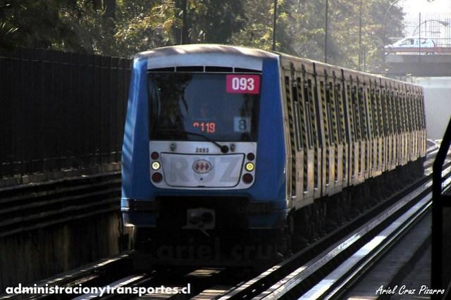 Metro de Santiago - Alstom NS2004 N2093 - Toesca / Los Héroes (L2)