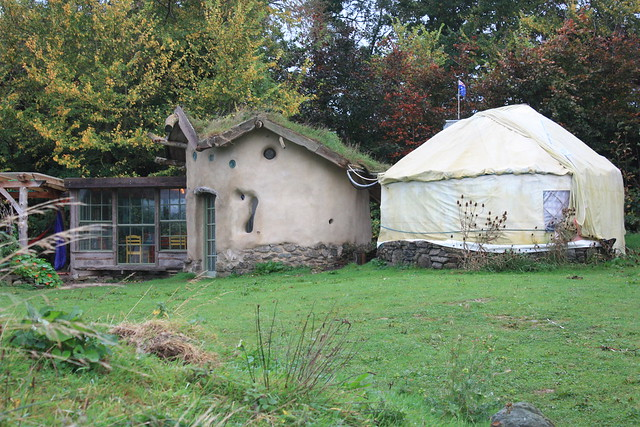 Yurt camping in Cork at the Inch Hideaway: The communal kitchen and the showers (yurt on the right) at Inch Hideaway