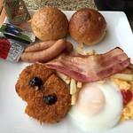 ホテルの朝食〜〜