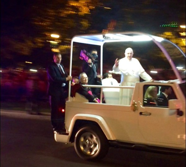 Pope Francis Benjamin Franklin Parkway