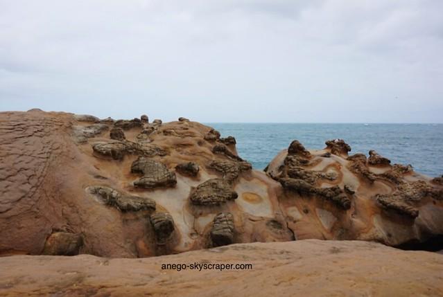 野柳 奇岩が生まれるとき
