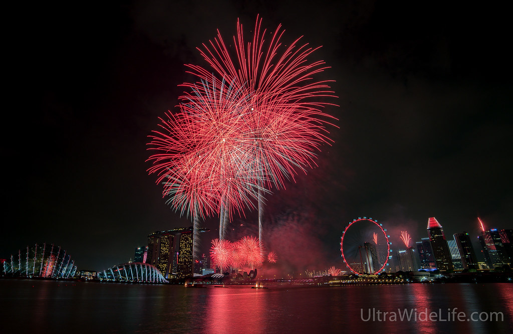 Garden By The Bay East Firework