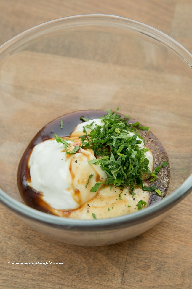 lamsfilet met yoghurt en granaatappel