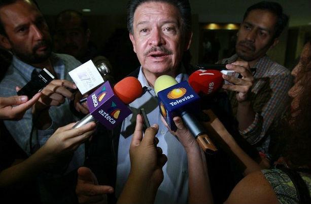 Pesquisa sobre 'Casa Blanca' dañó credibilidad del gobierno: Navarrete