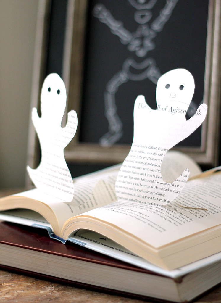 Book Ghosts8