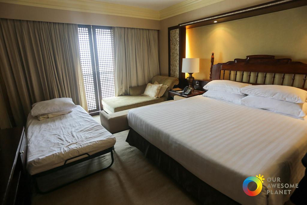 Manila Hotel Christmas Day 2-4.jpg