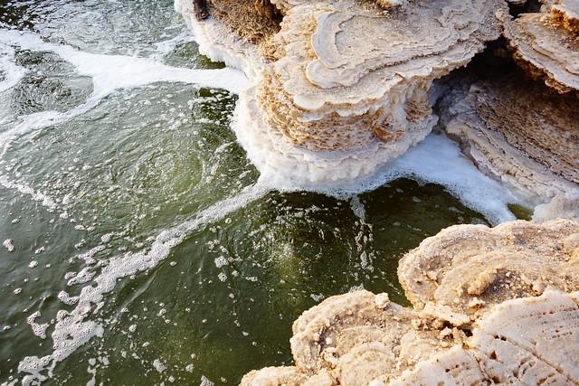 死海よりも浮かぶ