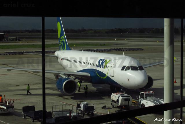 Sky Airline - Santiago (SCL) - Airbus A319 CC-AFZ