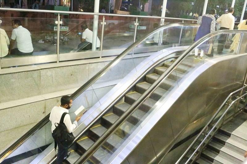 City Life – Reading Vikram Seth, Delhi Metro & Barakhamba Metro Station