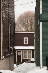 snowy-alleyway-on-duke