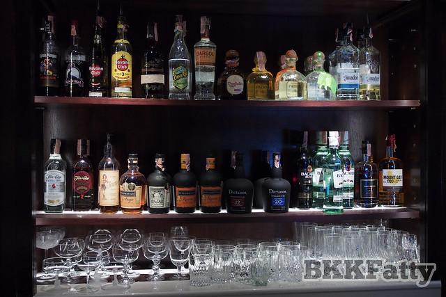 bar crawl bangkok-3