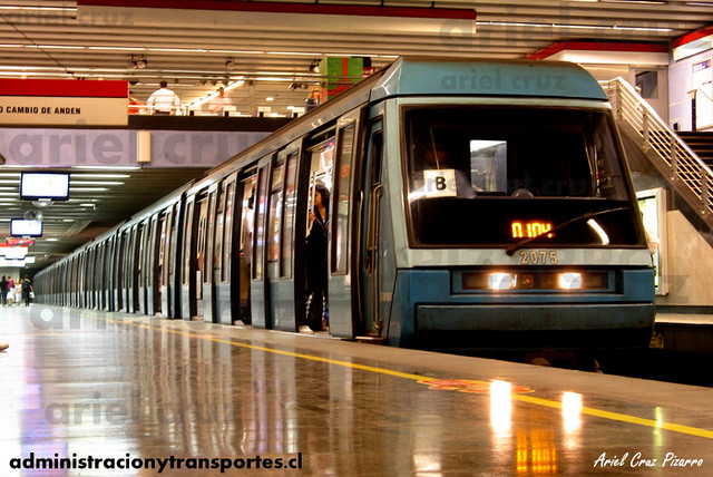 Metro de Santiago - Alstom NS93 N2075 - Tobalaba (L1)