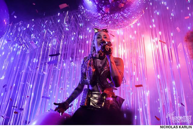 Miley Cyrus-37