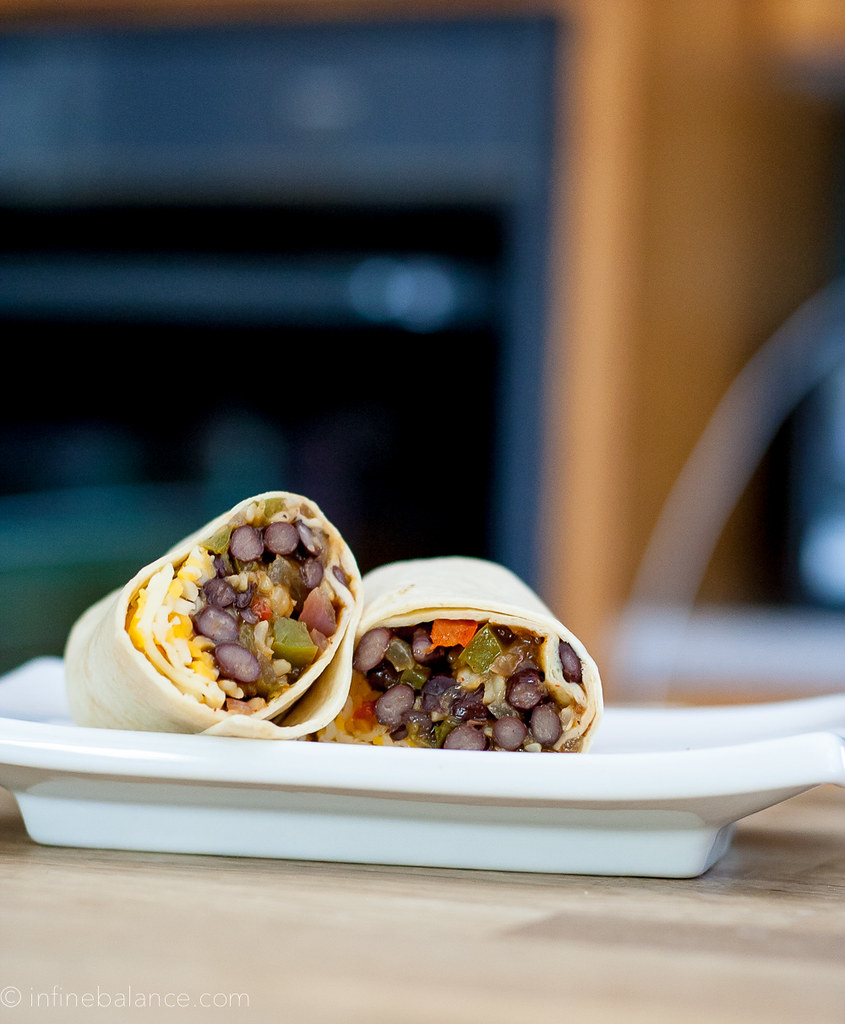 Freezer Black Bean Fajita Burritos | www.infinebalance.com #vegetarian lunch