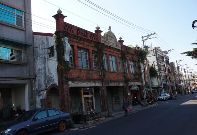 鶯歌の古い家
