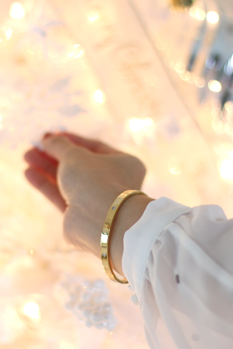 The-Peach-Box-Jewelry-bracelet-2
